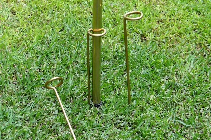 Max-Pole Steady Pins